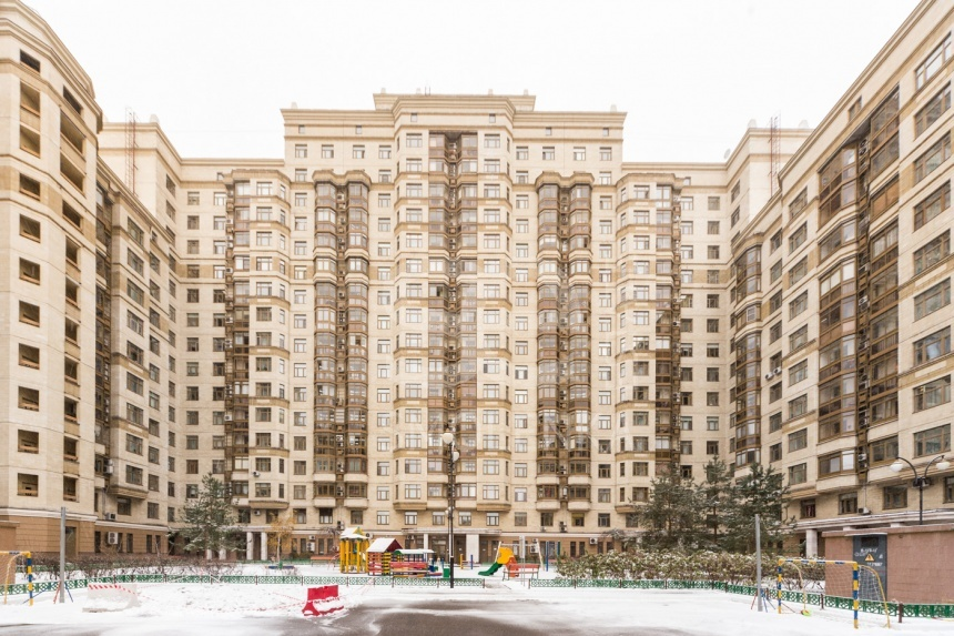 Sale Residential, Total area 90 m2, 2 Floor, Residential Complex Квартал Шуваловский, Michurinskiy prkt 5